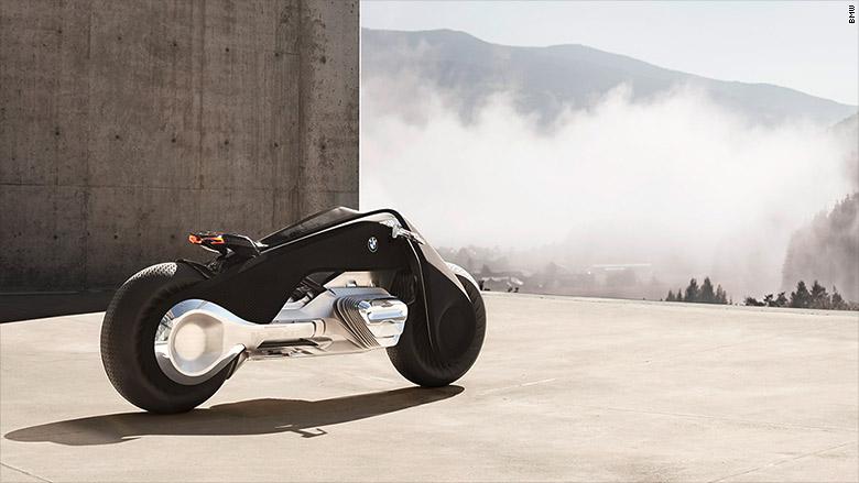 BMW_predstavila_samo_vyrovnavaci_motocykel_zajtrajska_2016_2