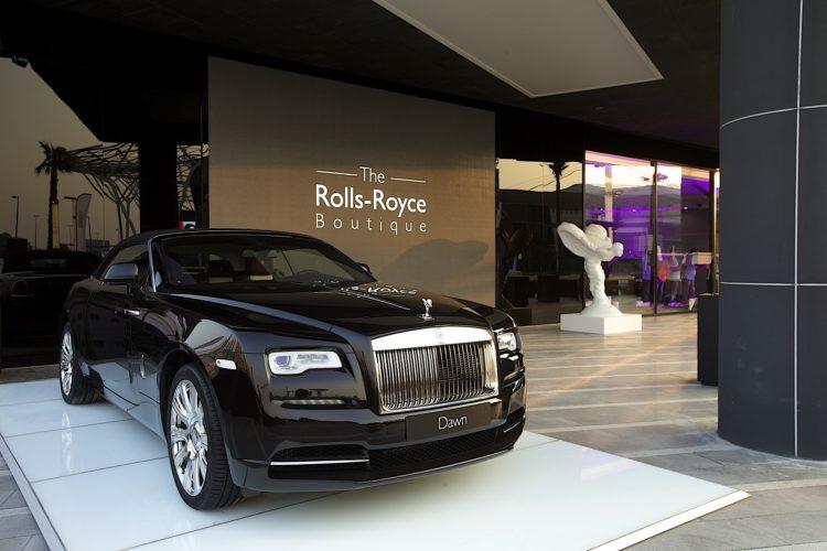 Najaktivnejsi_predajca_znacky_Rolls_Royce_je_v_Abu_Zabi
