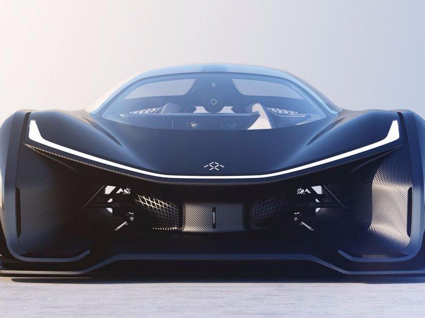 Start_up_Faraday_Future_odhali_svoj_1_seriovo_vyrabany_automobil_v_januari_2017