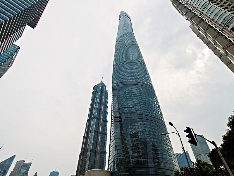 2_4_miliardova_otacajuca_sa_cinska_veza_je_najkrajsim_mrakodrapom_sveta_shanghai_tower