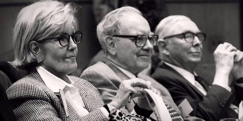 Susan a Warren Buffett zostali blízkymi priateľmi a boli aj manželmi, až do jej smrti v roku 2004.