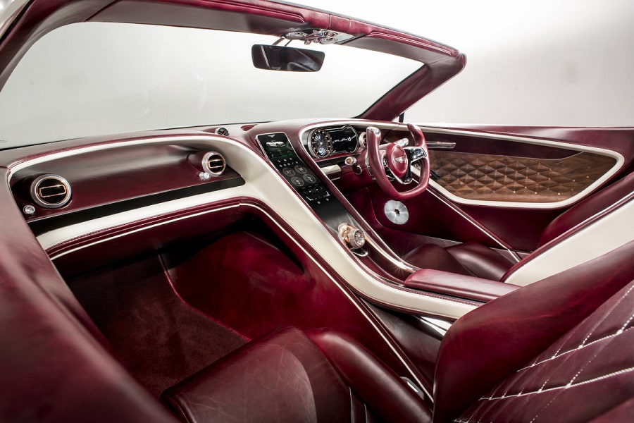 Bentley_predstavila_svoj_prvy_elektricky_automobil_4