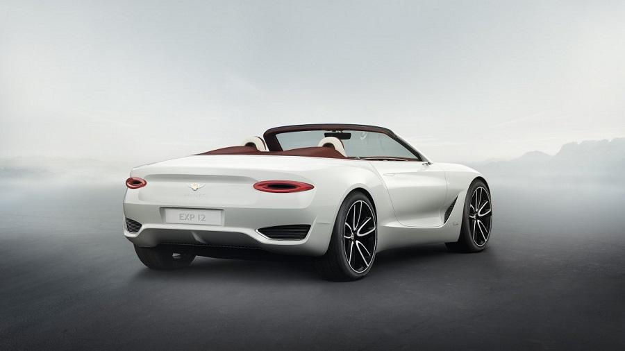 Bentley_predstavila_svoj_prvy_elektricky_automobil_8