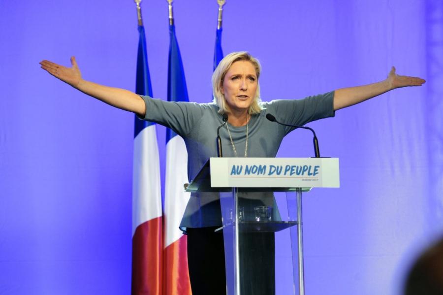 Euro_by_po_vitazstve_Le_Penovej_mohlo_dosiahnut_15_rocne_minima_2017