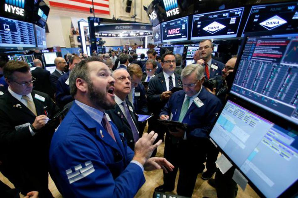 Trader_zadal_prikaz_obchodu_na_akcie_Apple_za_1_3_miliardy_2017