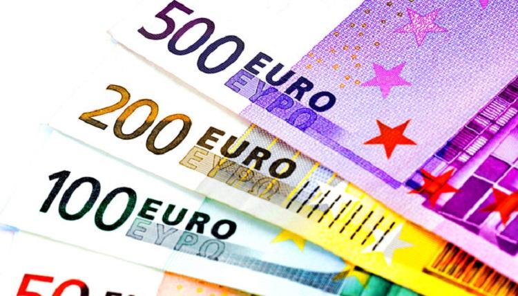 Euro_vzrastlo_na_sestmesacne_maxima_kvoli_2017