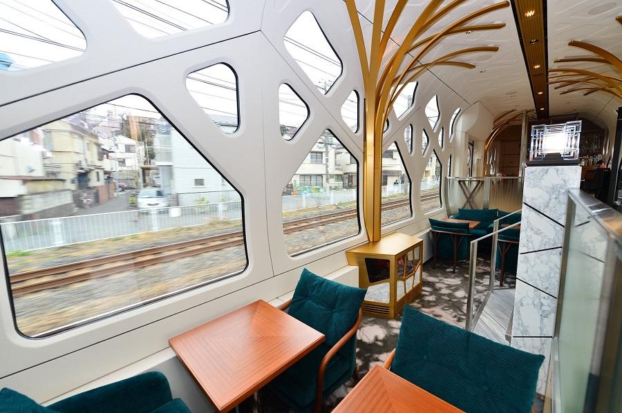 Vylet_japonskeho_luxusneho_vlaku_za_7_200_libier_2017_2