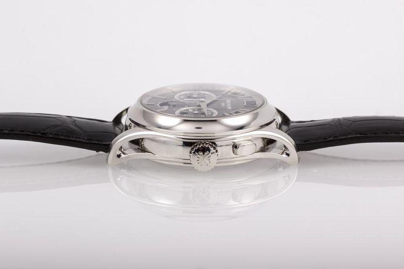 1_milionove_hodinky_Vladimira_Putina_smeruju_do_aukcie_2017_Patek_phillipe_1