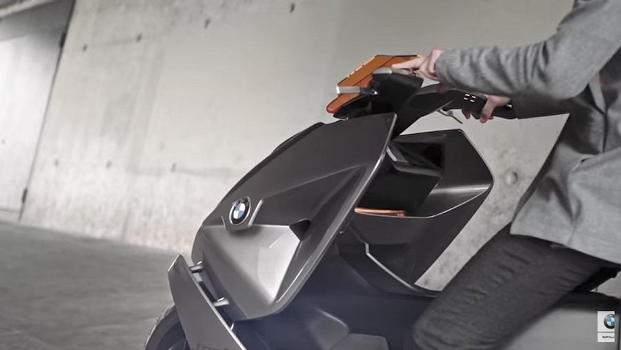 BMW_predstavila_elektricky_skuter_buducnosti_2017_4