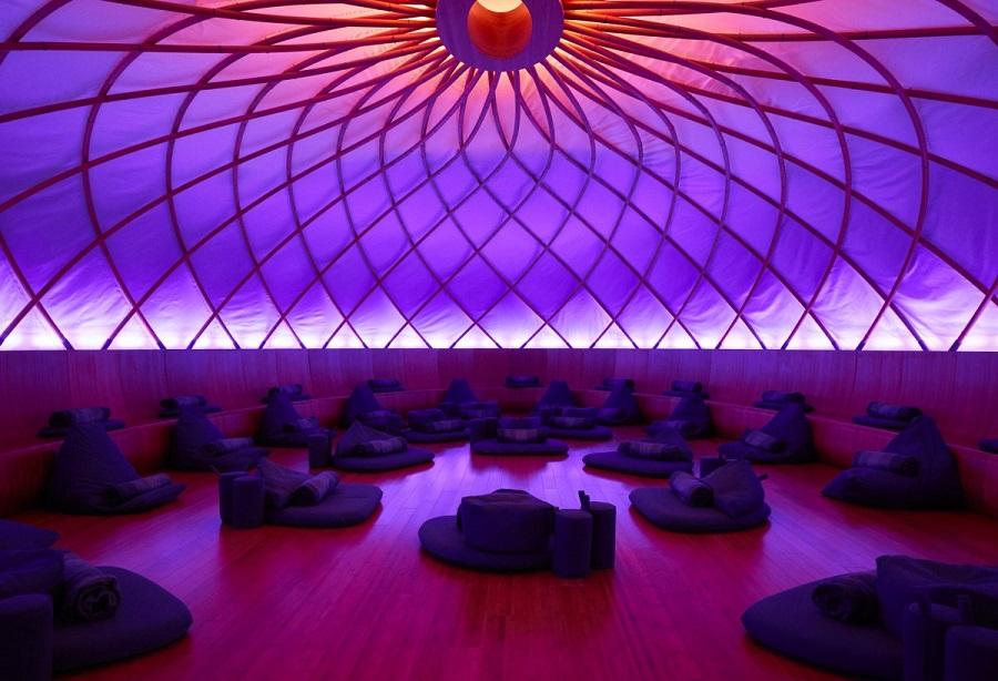 Novootvorene_meditacne_centrum_v_New_Yorku_zarobilo_uz_miliardu_2017_5