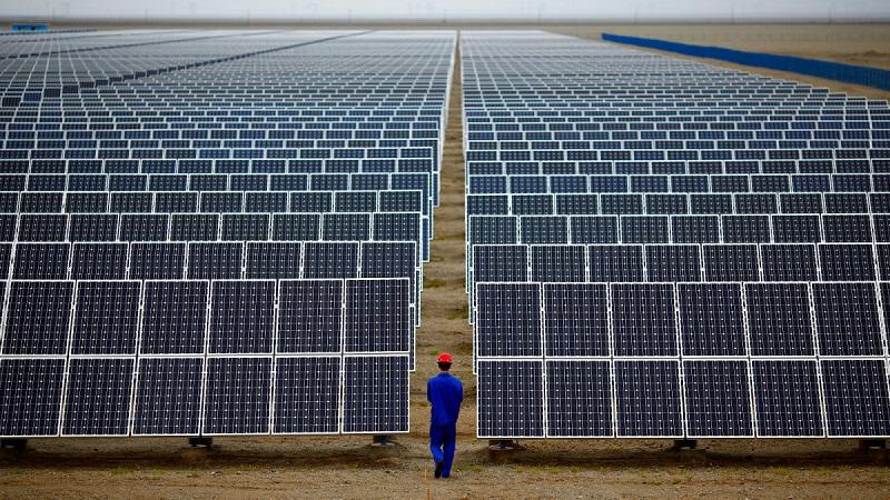 Cina_zahanbuje_USA_v_oblasti_obnovitelnej_energie_2017