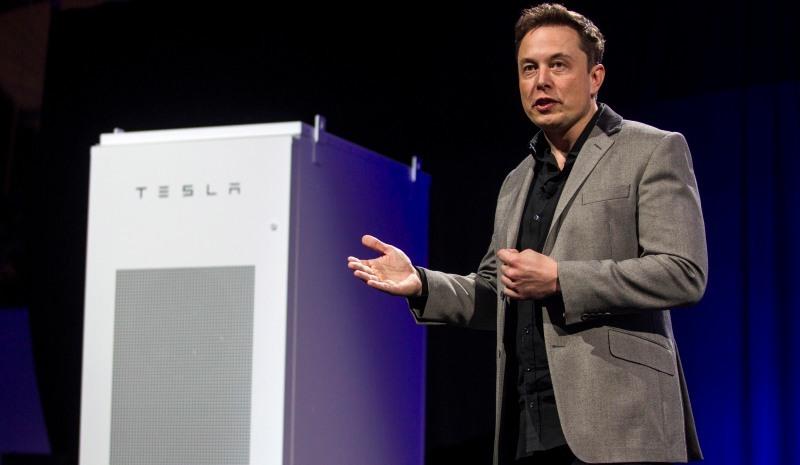Elon_Musk_Tesla_vybuduje_najvacsi_bateriovy_system_2017