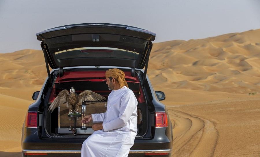 Luxusne_SUV_od_Bentley_vytvorene_pre_Stredny_vychod_3