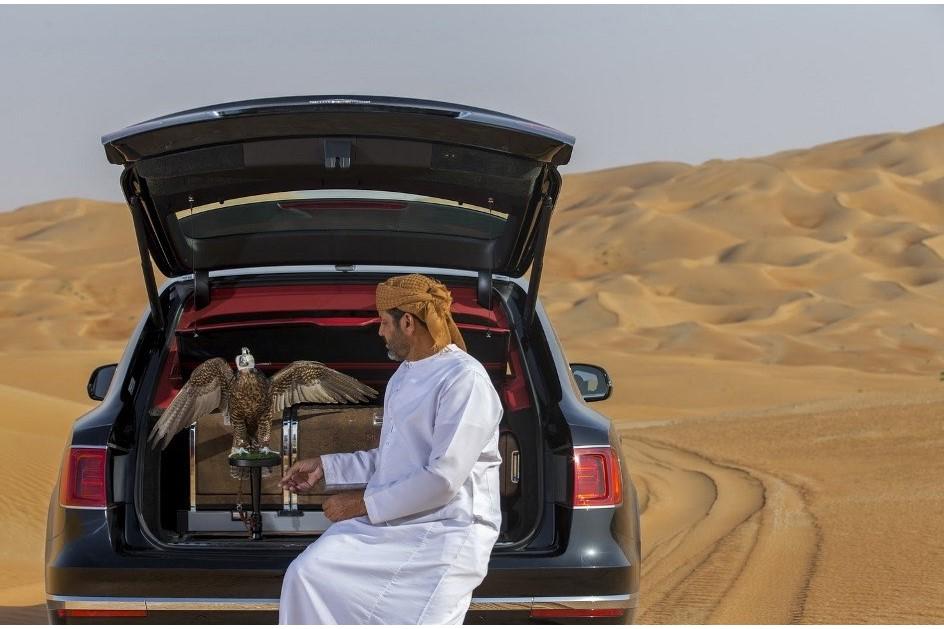 Luxusne_SUV_od_Bentley_vytvorene_pre_Stredny_vychod_top