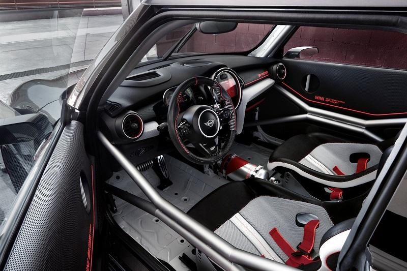 MINI_budúci_tyzden_odhali_vykonny_koncept_automobilu_GP_concept