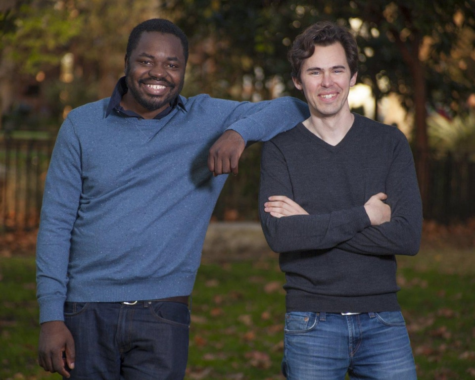 Spoluzakladatelia Gigsteru - Debo Olaosebikan a Roger Dickey