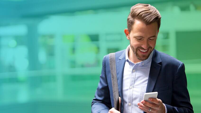 Spoločnosť Robinhood, ktorá je známa svojou elegantnou mobilnou aplikáciou pre obchodovanie s nulovými províziami, odhaľuje webovú platformu.