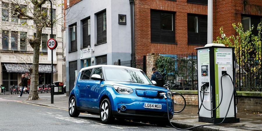Ako_investovat_do_spolocnosti_na_ktorych_stoji_revolucia_elektrickych_automobilov