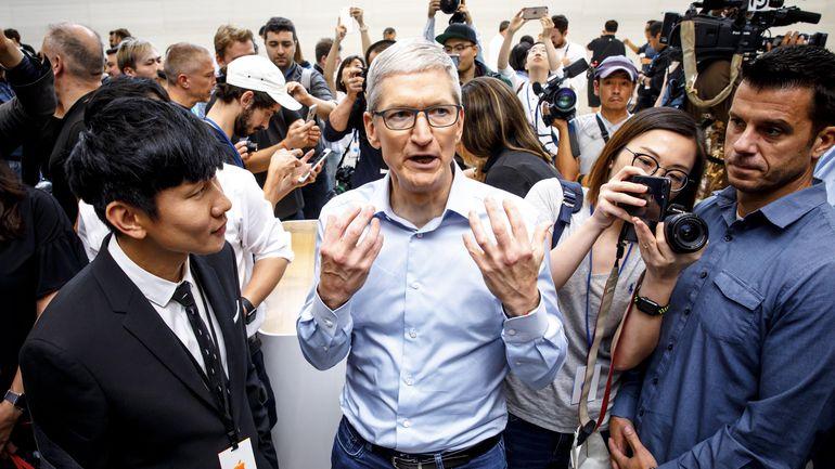 Cook_z_Apple_Vyvojari_v_Cine_ziskali_od_App_Store_17_miliard_dolarov_2017