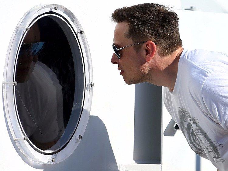 Elon_Musk_Cez_umelu_inteligenciu_dojde_k_odstraneniu_ludskej_rasy_2017