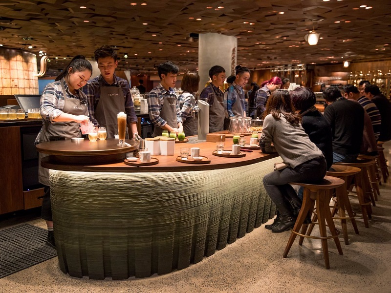 Najvacsi_Starbucks_sveta_otvorili_v_Cine_3