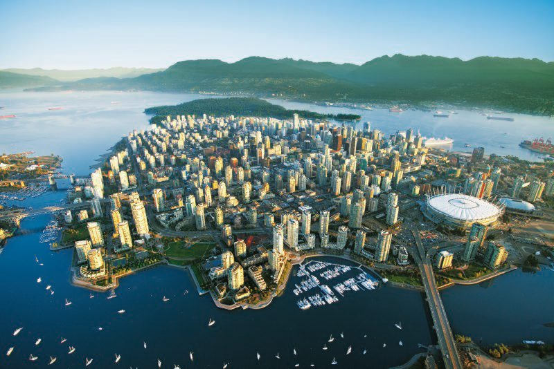Vancouver Skyline with BC Place Stadium, Luftaufnahme, City, Stadt, Insel