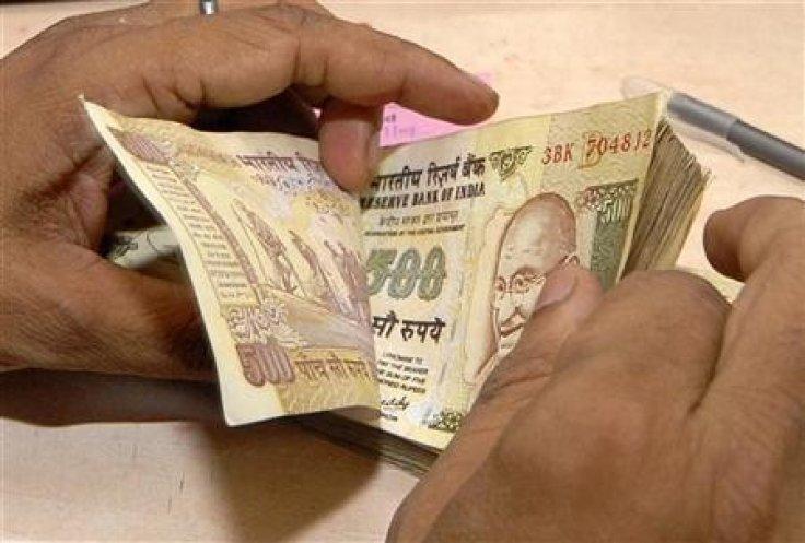 Miliony_dalsich_spolocnosti_v_Indii_zacali_platit_dane_2018