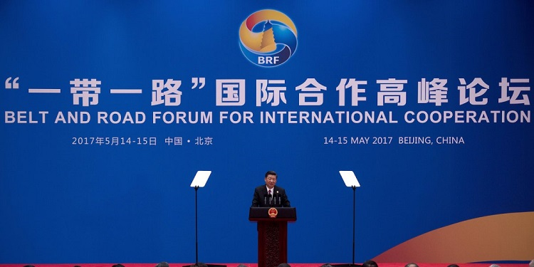 Čínsky prezident Xi Jinping počas svojho prejavu na medzinárodnom fóre OBOR v Pekingu, ktoré sa konalo v máji roku 2017.
