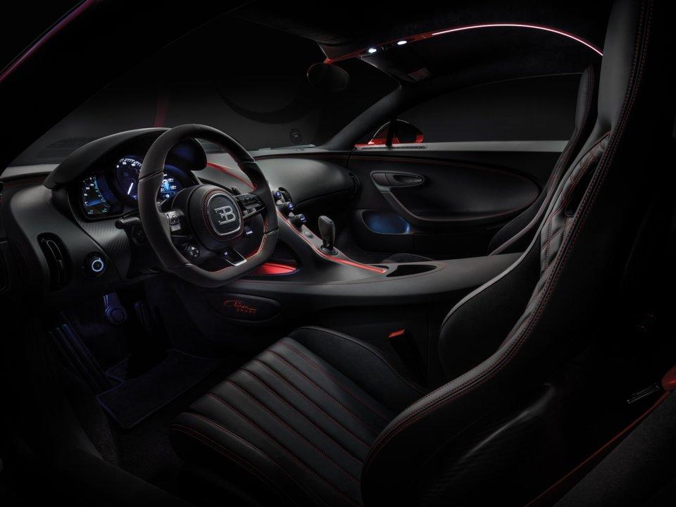 Interiér Bugatti Chiron Sport.