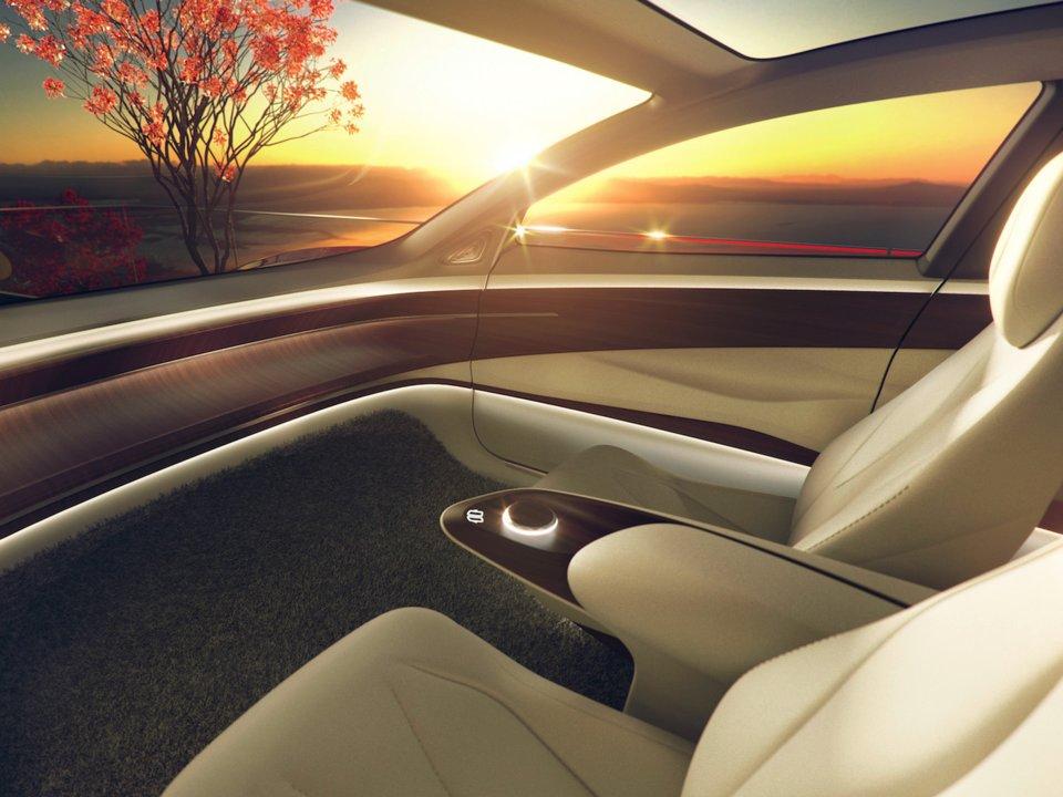Volkswagen_predstavil_autonomne_vozidlo_bez_pristrojovej_dosky_volantu_a_pedalov_4