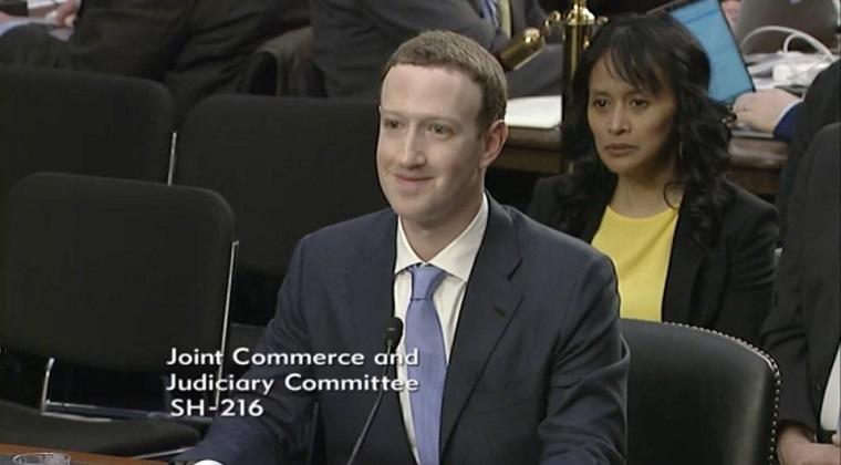 Mark_Zuckerberg_naznacil_ze_Facebook_by_jedneho_dna_mohol_ponuknut_platenu_verziu