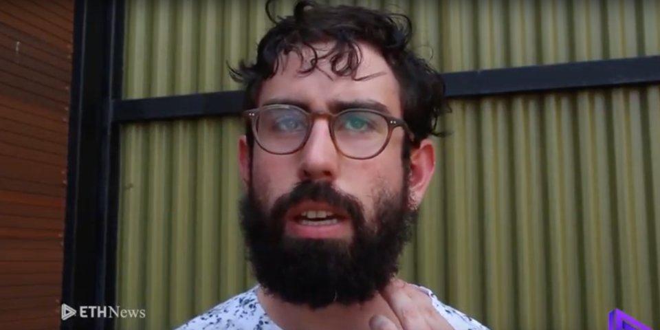 Matt Liston je zakladateľom náboženstva postaveného na blockchaine. Vyvrátil tvrdenie o tom, že je kryptoprorokom.