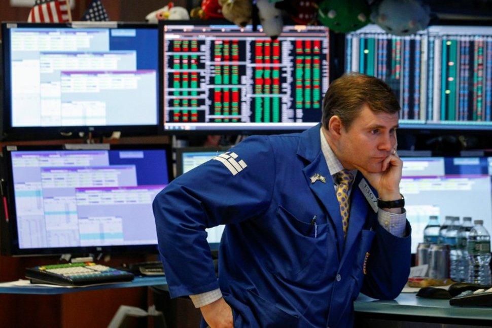 Investori_vytahuju_peniaze_z_akciovych_trhov_ako_v_casoch_financnej_krizy