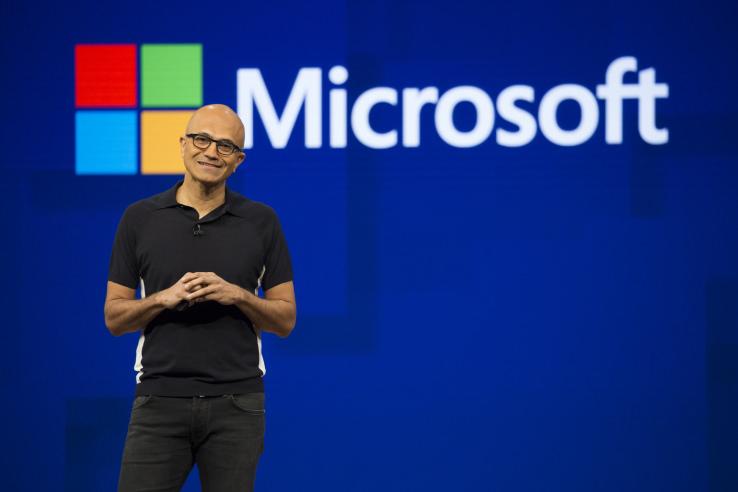 Satya_Nadella_predal_30_percent_svojich_akcii_firmy_Microsoft