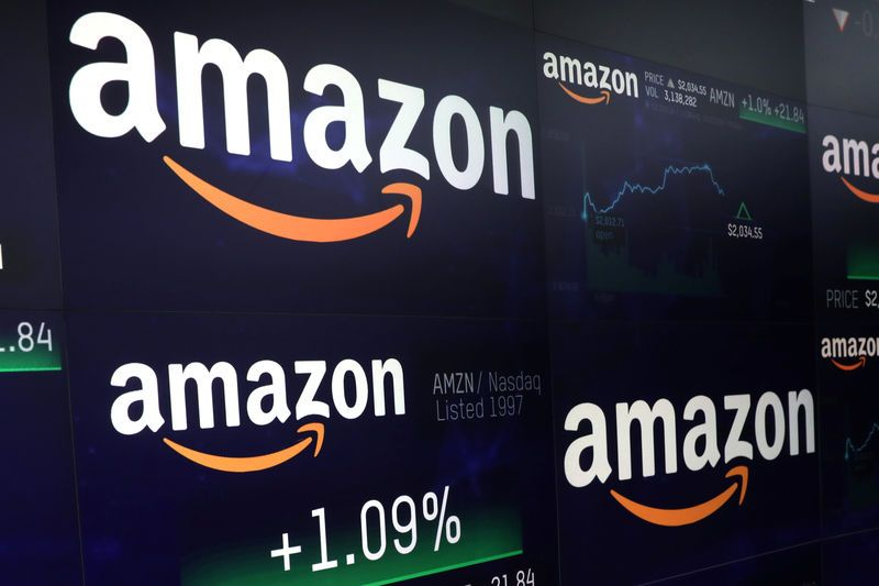 Amazon_klesa_na_hranici_1_biliona_dolarov