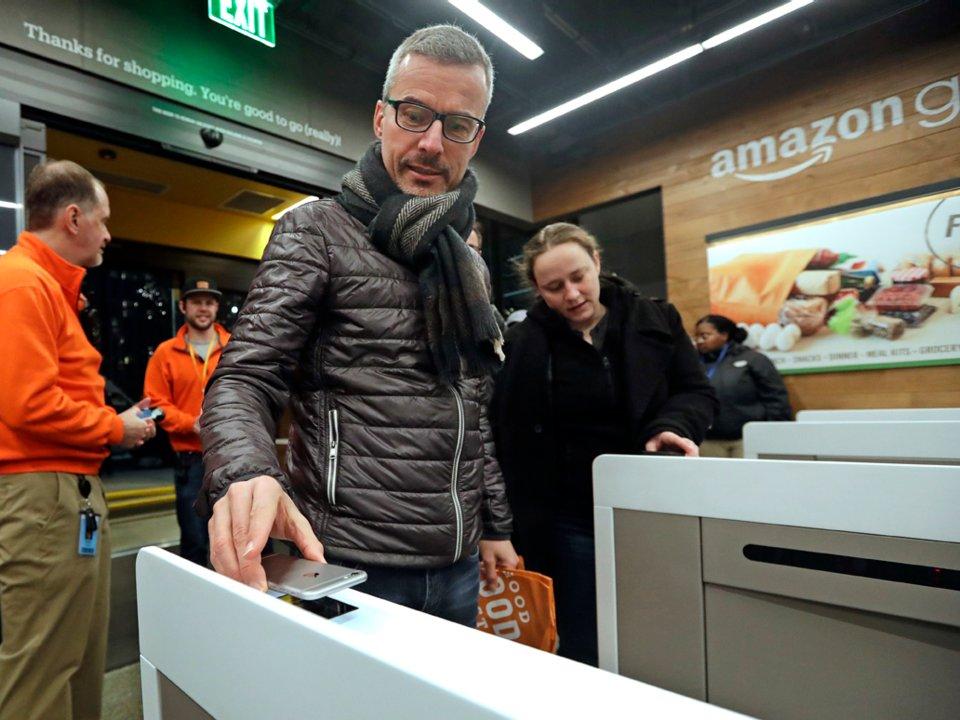 V obchode Amazon Go nie sú pokladníci.
