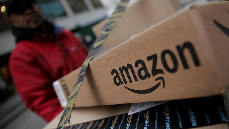 Preco_Amazon_vyclenuje_viac_penazi_na_svojich_zamestnancov