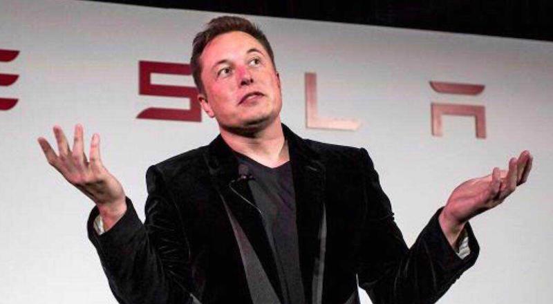 Elon_Musk_Tesla_bola_niekolko_tyzdnov_od_krachu