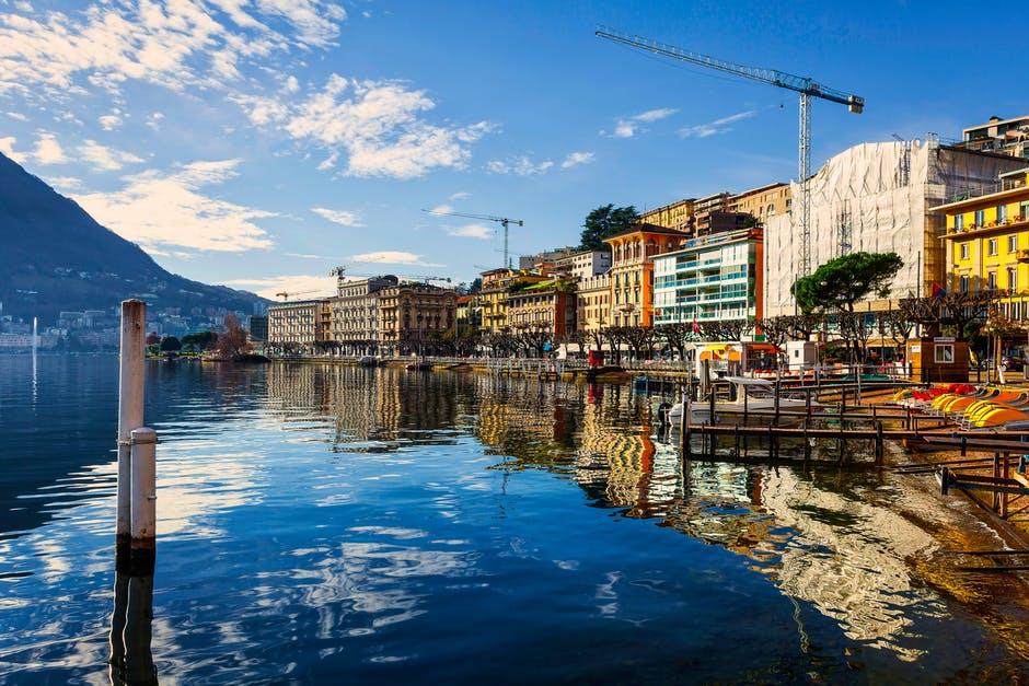Švajčiarské mesto.