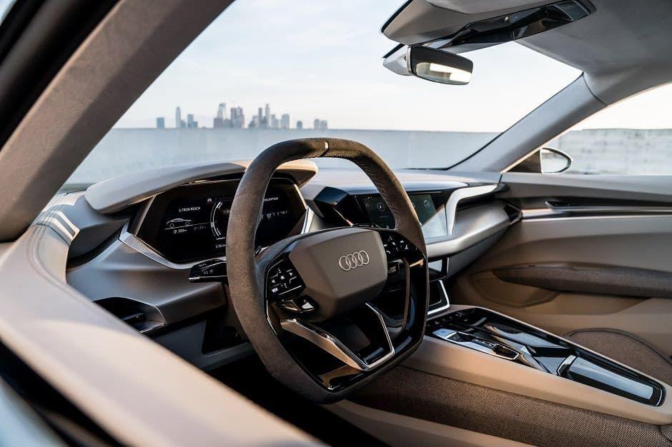 Interiér vozidla E-tron GT od Audi.