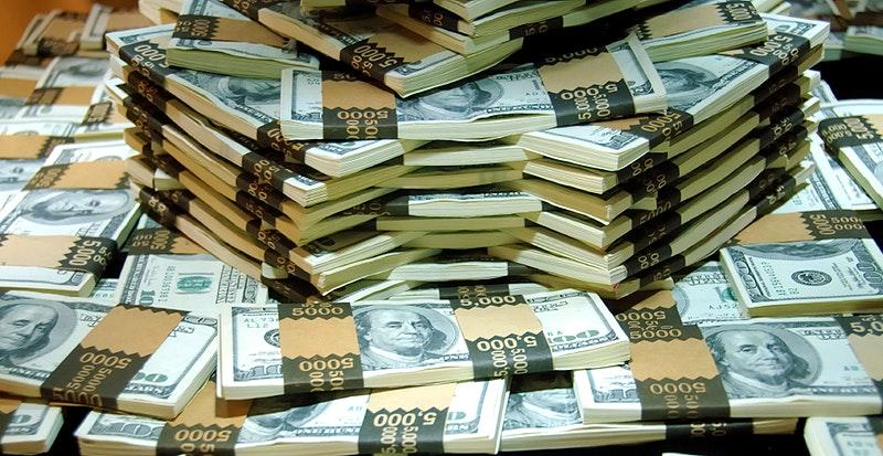 Bankar_Miliardari_sa_pripravuju_na_mozne_prepady_akcii