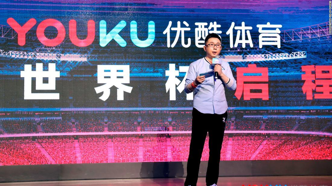 Yang Weidong hovorí vrámci júnovej prednášky v Pekingu.