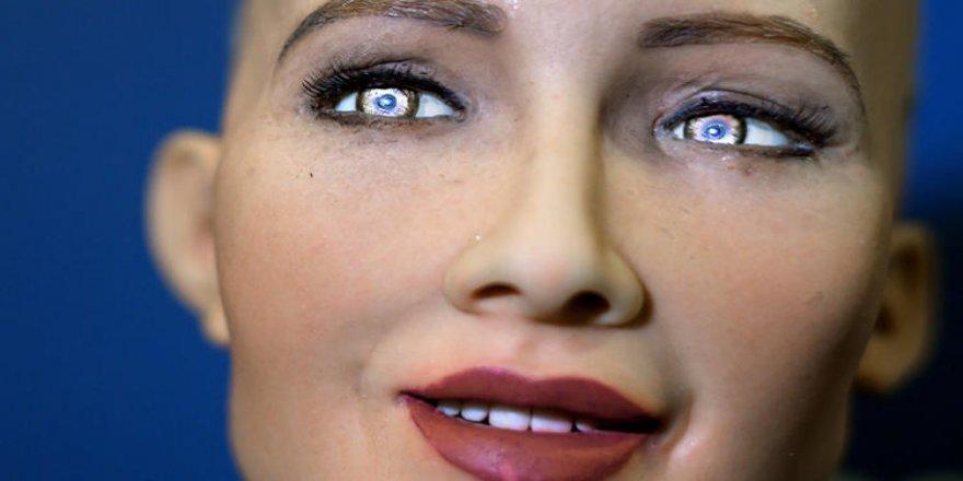 CES_2019_Priatelske_roboty_ozdobne_vozy_a_vela_umelej_inteligencie