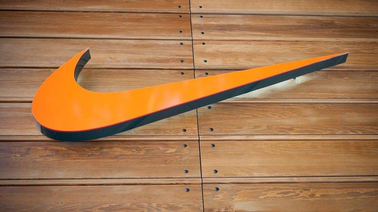 EU_zacala_presetrovat_danove_dohody_Nike_v_Holandsku
