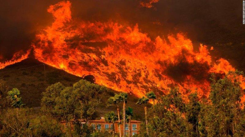 V minulom roku zasiahli Kaliforniu rozsiahle požiare.