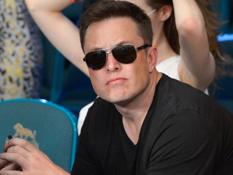 SpaceX_planuje_prepustit_10_percent_svojej_pracovnej_sily