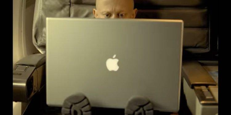 Apple_16_palcovy_MacBook_Pro_bude_najvacsim_notebookom_firmy_za_8_rokov