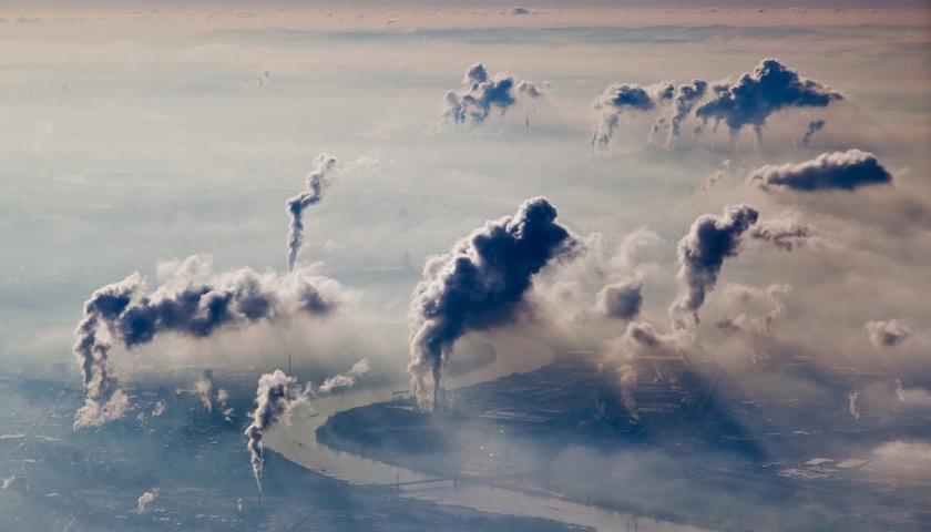 Polovica_europskych_spolocnosti_nema_plan_znizenia_emisii_aj_ked