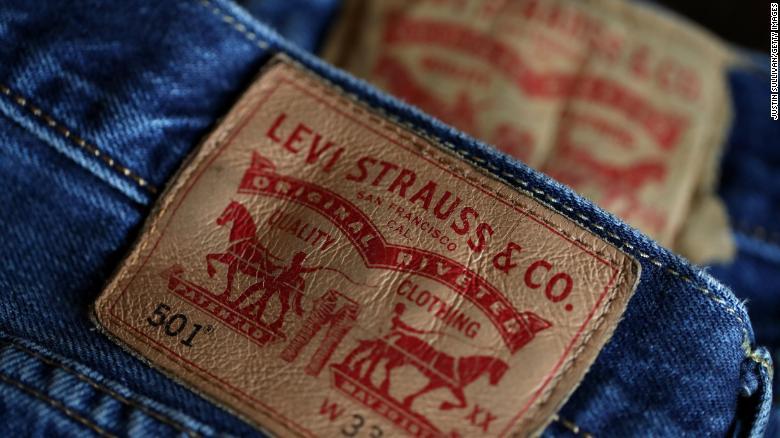 Akcie_spolocnosti_Levi_Strauss_po_IPO_vzrastli_az_o_30%