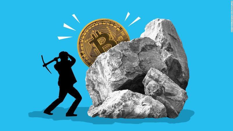 Mali_by_investori_mat_v_portfoliu_bitcoin_alebo_kryptomeny